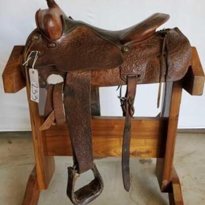 233  Western Riding Saddle 15 1/2
