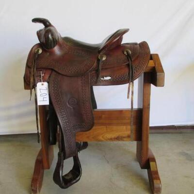 204  Colorado Saddlery Denver Western Ranch Saddle Vintage Colorado Saddlery Denver Western Ranch Saddle.  Model # 2571.  Needs some...