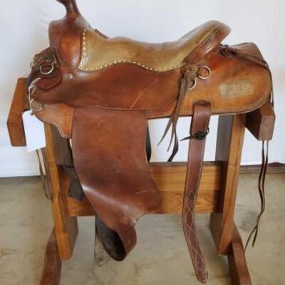 267  William M Porter Western Saddle 15 1/2