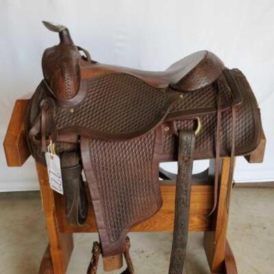 227  Pioneer Roping Saddle 16