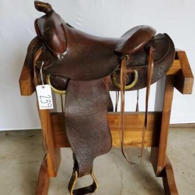 239  Saddle King of Texas western Saddle 15 1/2