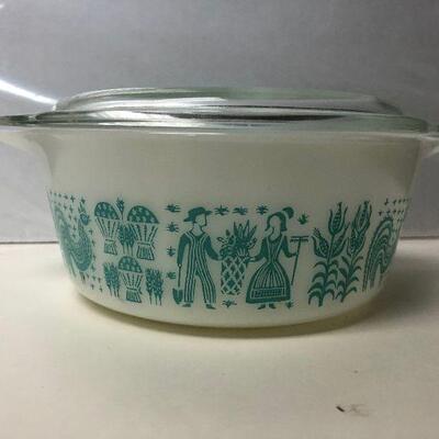 https://www.ebay.com/itm/114484152876KG4002 Vintage Pyrex 472 1.5 Qt 20 Casserole Dish Press Print Amish (Butterprint) Blue and White...
