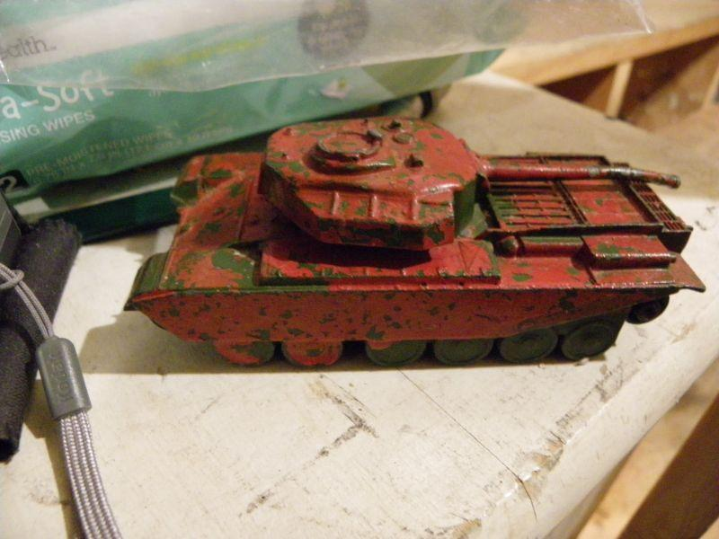 ">""Dinky vintage all metal tank"""