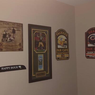 Bar Signs - Bears, GreenBay, Three Stooges Football