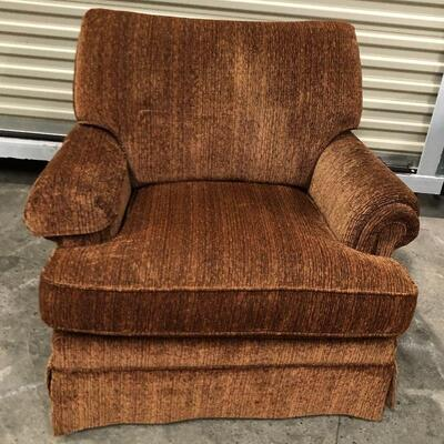 https://www.ebay.com/itm/114559840795	KG9150 Flexsteel Occasional Club Chair Brown Upholstered Pickup Only		 Buy-It-Now 	 $50.00
