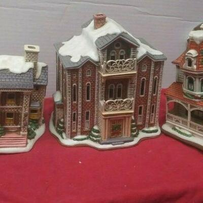 https://www.ebay.com/itm/124486381228	GN3156 LOT OF THREE LEFTON USED VINTAGE CERAMIC COLONIAL VILLAGE BUILDINGS		 Buy-it-Now 	 $54.99