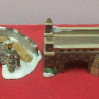 https://www.ebay.com/itm/114544984793	GN3106 LOT OF TWO DEPARTMENT 56 CERAMIC STONE BRIDGE & TRAIN TRESSEL VILLAGE CO		 Auction