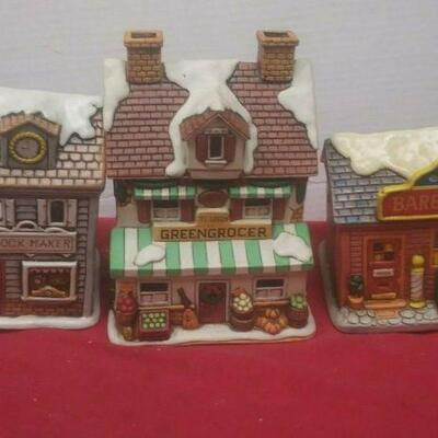 https://www.ebay.com/itm/114575415363	GN3147 LOT OF THREE LEFTON USED VINTAGE CERAMIC COLONIAL VILLAGE BUILDINGS		 Buy-it-Now 	 $54.99