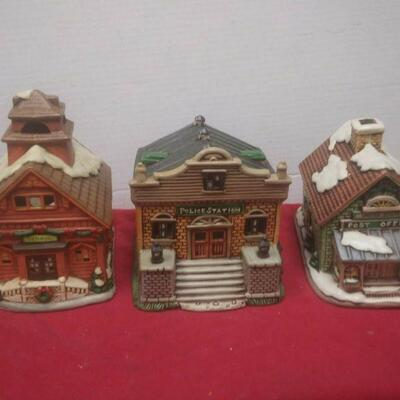 https://www.ebay.com/itm/114575415359	GN3145 LOT OF THREE LEFTON USED VINTAGE CERAMIC COLONIAL VILLAGE BUILDINGS		 Buy-it-Now 	 $54.99