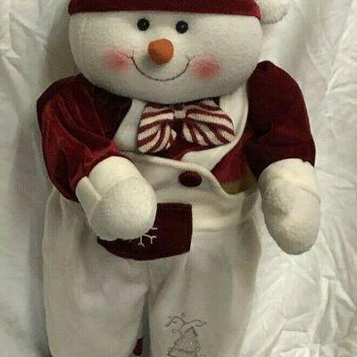 https://www.ebay.com/itm/114561844713	WL7060 XL Plush Statue of Snowman Pickup Only	 $35.00 	OBO