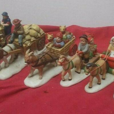 https://www.ebay.com/itm/124474292212	GN3123 LOT OF SIX USED VINTAGE FELTON CERAMIC BOXED FIGURINES COLONIAL VILLAGE		 Auction