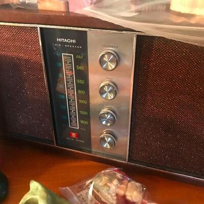 Hitachi Vintage Radio