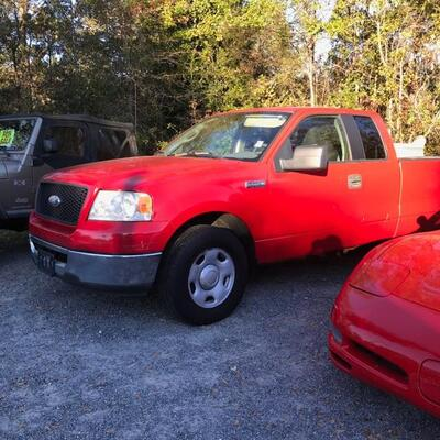 2004 Ford F-150 truck 179,894 miles $7,500