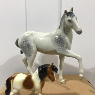 Porcelain horse duo
