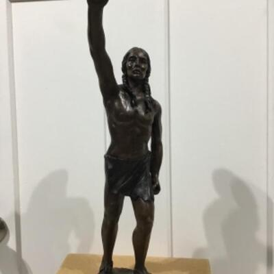 Peacemaker statue