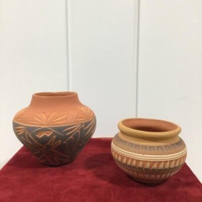 Navajo pottery pair