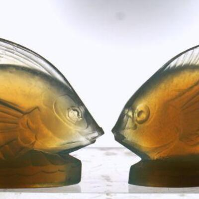 2 Sabino French Opalescent Glass Fish. Both are signed. Each 4