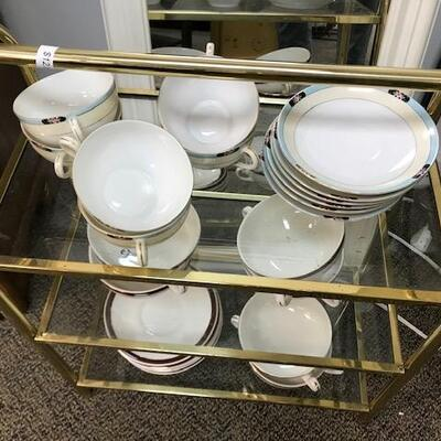 Extra dishes for entertaining.