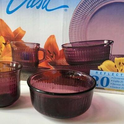 https://www.ebay.com/itm/124474077597FL0017 CRISA REFLECTIONS CLEAR PURPLE GLASS DINNERWARE 20PC -4 SETTINGS Pickup Only Buy-it-Now...