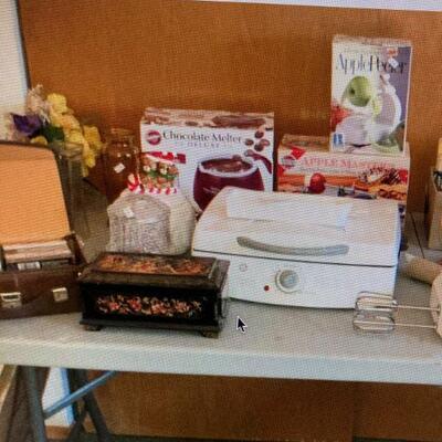 Kitchen & a music box