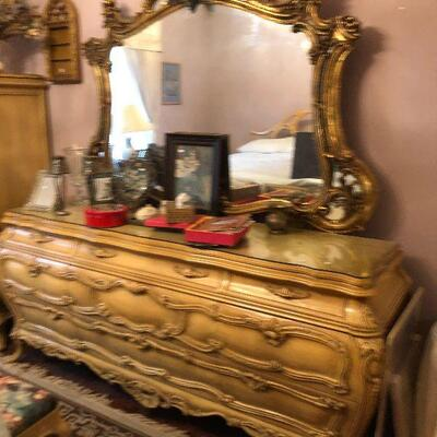 https://www.ebay.com/itm/114575720324FL4003 French Provincial Dresser with Mirror Chest of Drawers Estate Sale Pickup $699.99  OBO