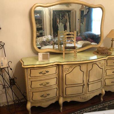 https://www.ebay.com/itm/114575734618FL4015 French Provincial Dresser with Mirror Chest of Drawers Estate Sale Pickup $595.00  OBO