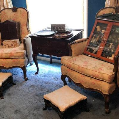 https://www.ebay.com/itm/114575990285	FL1009 Pair of Antique Parlor Occasional Chairs Estate Sale Pickup	 $400.00