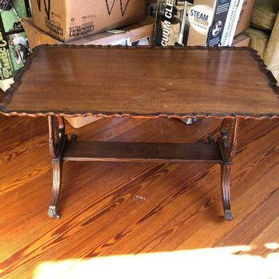 https://www.ebay.com/itm/114609886033WRG5013 Duncan Phyfe Lyra Base Wooden Coffee / Accent Table Local Pickup Buy-it-Now  $199.99