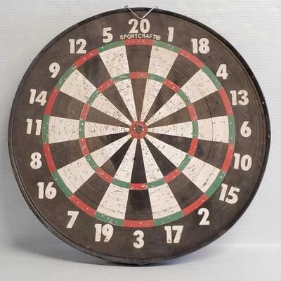 #7204 • Sport Craft Dart Board