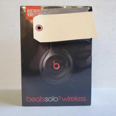 1008	 New Beats Solo 2 Wireless Headphones Brand New In Box OS16-228376.9