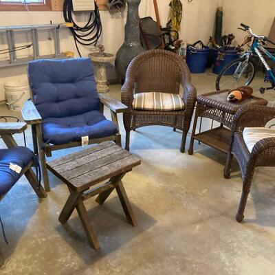 Wood & wicker outdoor furniture