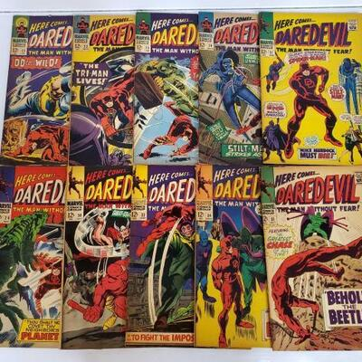 254	 10 Here Comes Daredevil The Man Without Fear! Comic Books No. 22- 34 Issues are not consecutive. Issues Include 22, 23, 25, 26, 27,...