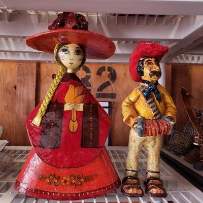 2051	 Mexican Folk Art Mexican Folk Art