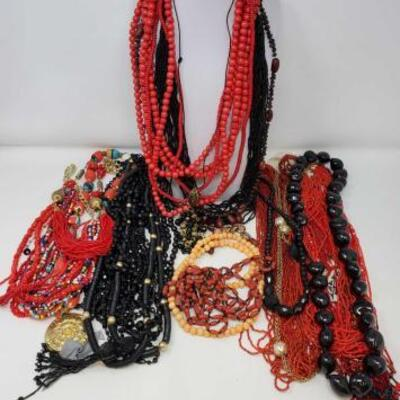 130	 Costume Jewelry Necklaces Costume Jewelry Necklaces