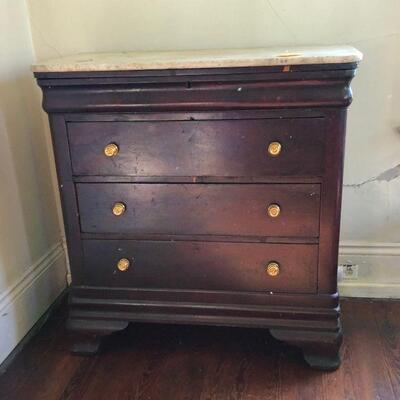 https://www.ebay.com/itm/124540540826WRG5004 1860s American Chest of Drawers W/ White Marble Top Estate Sale PickupAuction