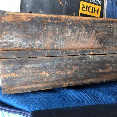 https://www.ebay.com/itm/124542041264HY7012 Vintage Wooden Tool Box with Tools Local PickupAuction