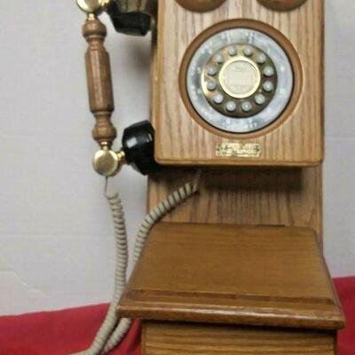 https://www.ebay.com/itm/124540572727LX3022 WALL MOUNTED PUSH BUTTON VINTAGE TT SYSTEMS COUNTRY STORE TELEPHONE Auction