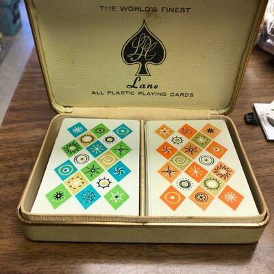 https://www.ebay.com/itm/114636167255LAR9037 Lane Mid Century Playing Cards (Orange 54 Cards Blue 52)Auction