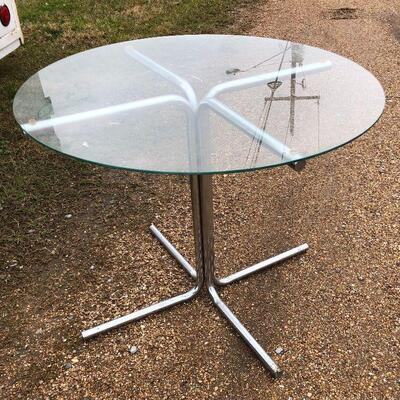 https://www.ebay.com/itm/114646808050BA5093 Vintage Glass and Chrome Breakfast Style Table - Local PickupAuction