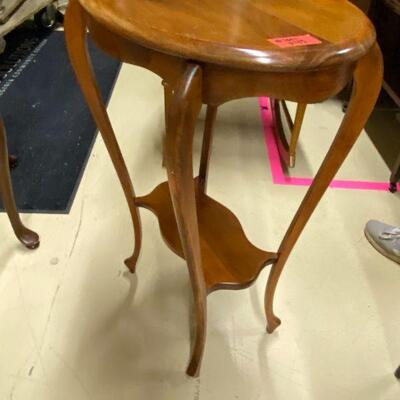hand-made oval table