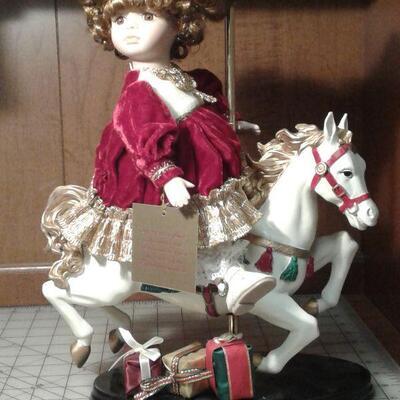 https://www.ebay.com/itm/114644884726LY8069 Retro 1980s Porcelain doll on carousel horse Pickup OnlyFixed20