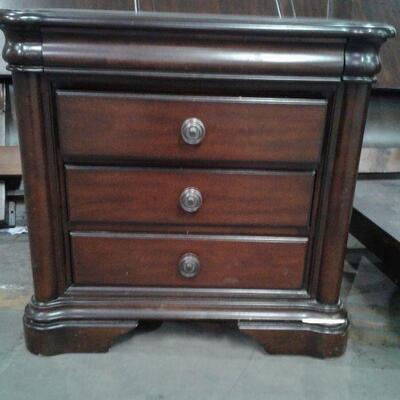 https://www.ebay.com/itm/124544361721LY8072 Deep Walnut Finish Nightstand #2  Local Pickup Buy-it-Now  $49.99
