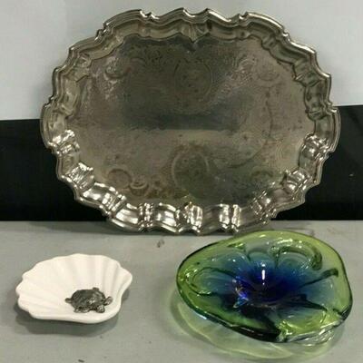 https://www.ebay.com/itm/114658338289KG026 LOT OF 3 TRAYS METAL, GLASS AND CERAMIC Buy-it-Now  $19.99