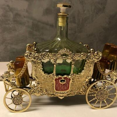 https://www.ebay.com/itm/124551935416LAR9030 Decanter Music Box Carriage Glass and Metal Pickup Only (Does Play) Buy-it-Now  $100.00