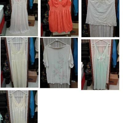 https://www.ebay.com/itm/124529601797LY8063 BOX LOT vintage nightgown and slips 12+ pieces Pickup OnlyBuy-it-Now $35.00