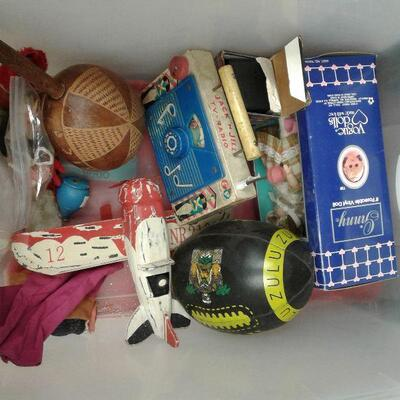 https://www.ebay.com/itm/114644884719LY8062 BOX LOT vintage toys Pickup OnlyFixed20