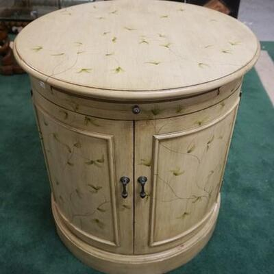 1022ROUND PAINT DECORATED 2 DOOR LAMP TABLE W/PULL OUT SURFACE, 26 IN X 28 IN HIGH