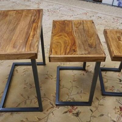 1060MID CENTURY MODERN GRADUATED NEST OF 3 TABLES, 24 IN X 15 IN X 23 IN