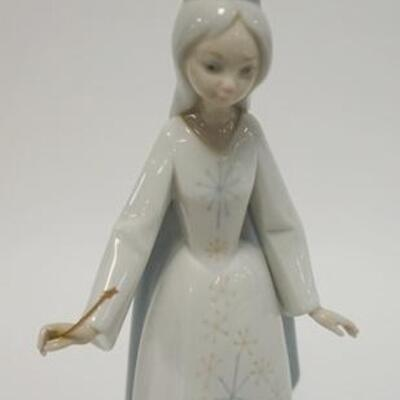 1034LLADRO FAIRY GODMOTHER W/WAND, 11 IN HIGH