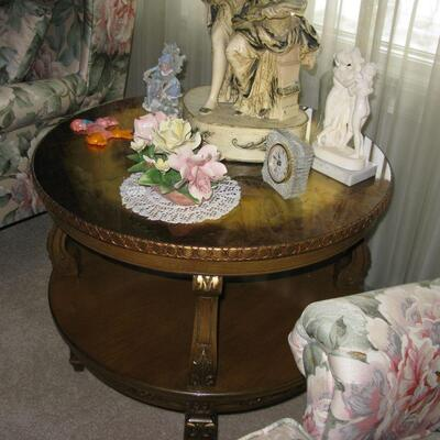 ornate glass top table  BUY IT NOW $ 95.00